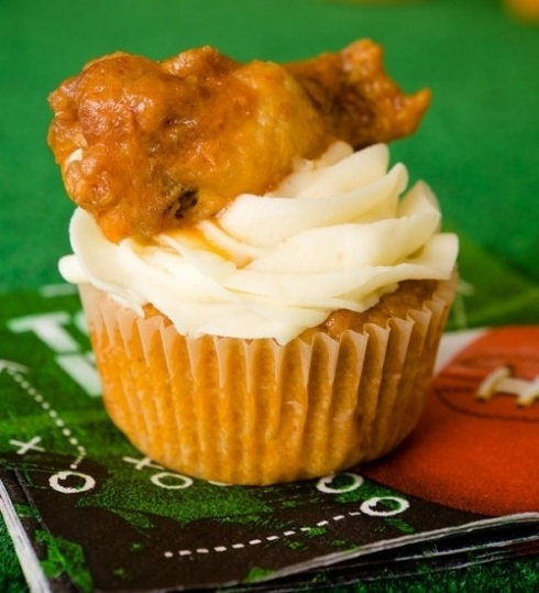 buffalo-chicken-wing-cupcakes